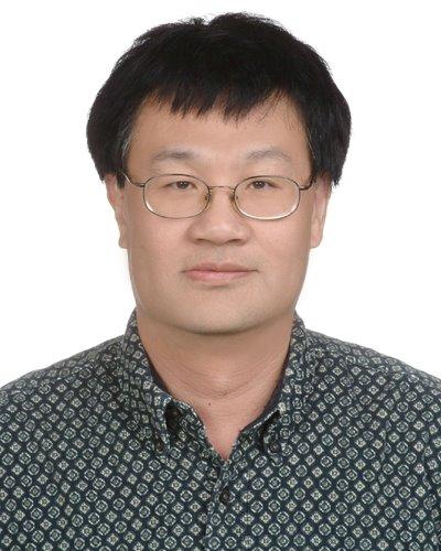 Yuan, Yih-Chiarng